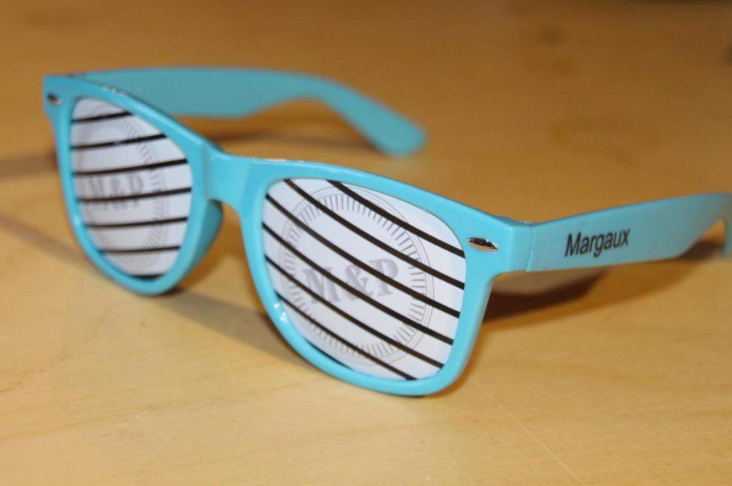 Goodies lunettes personnalisées imprimées mariage soirée